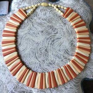 Jewelry - Vintage Retro '70s Plastic Omega Choker Necklace!